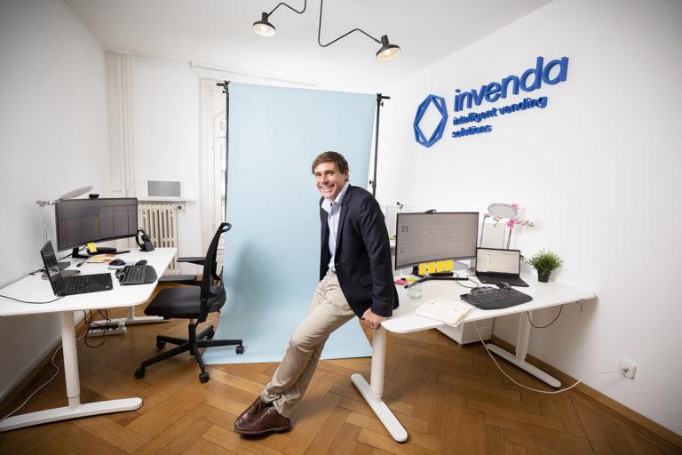 Zwei Millionen Franken und zwei Showrooms für Invendas intelligente Verkaufsautomaten